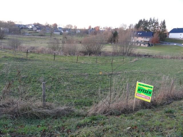 WIRTZFELD: Terrain à bâtir avec projet