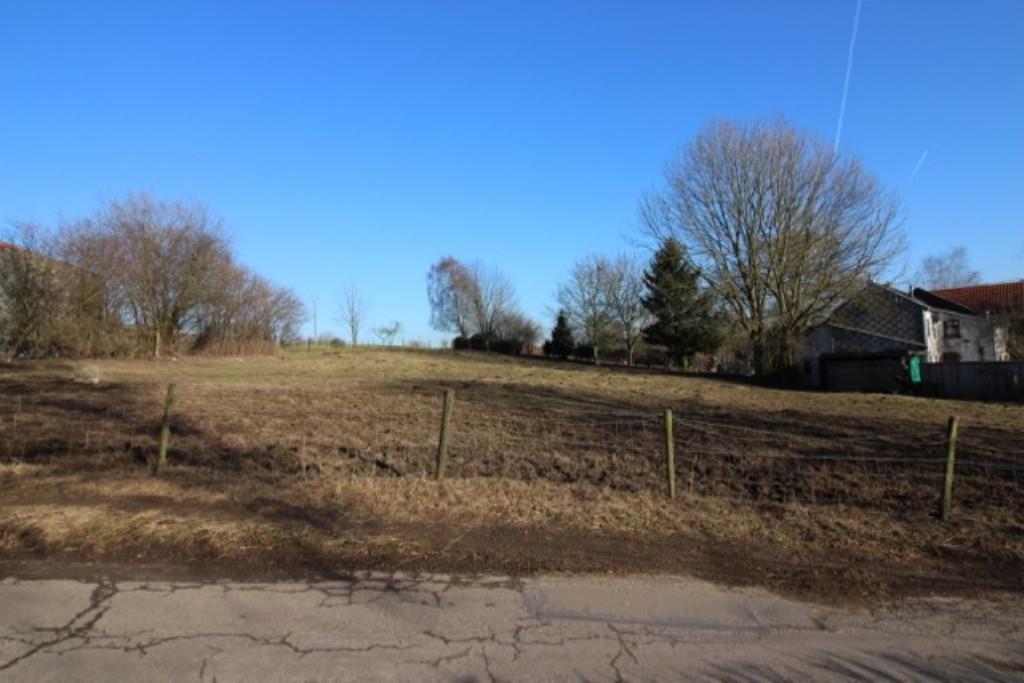 MONTZEN : Terrain en Zone d'Habitat à Caractère Rural
