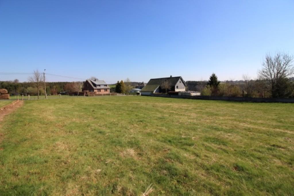 Nidrum k chelscheid auf dem hau terrain en zone d habitat et en zone agricole maisons acheter for Construction terrain agricole