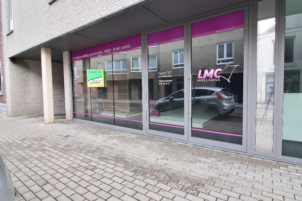 WELKENRAEDT: Rez-de-Chaussée Commercial
