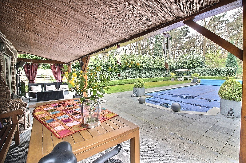 maasmechelen oude baan 674 villa mit garten und schwimmbad h user zu kaufen. Black Bedroom Furniture Sets. Home Design Ideas