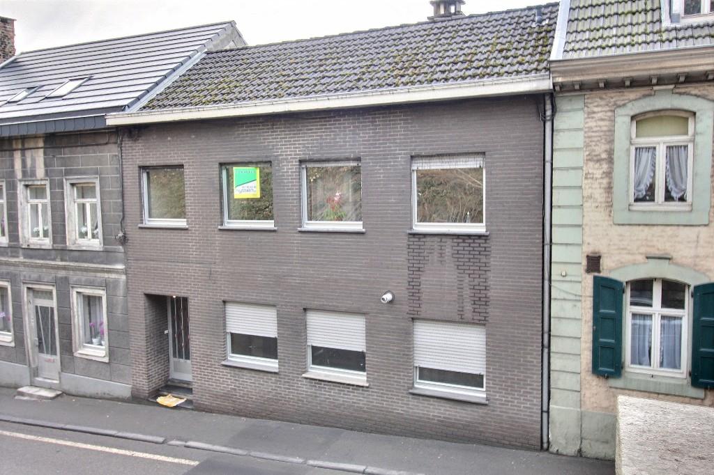 Eupen olengraben 31 maison avec 2 appartements for Appartement maison a acheter